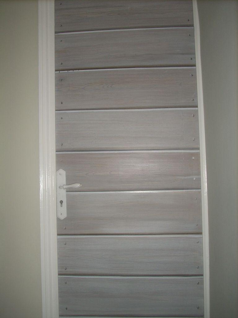 Trompe l 39 oeil 1 porte en fausses planches - Comment peindre porte ...